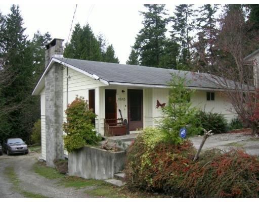 Main Photo: 4845 LAUREL RD in Sechelt: House for sale : MLS®# V622836