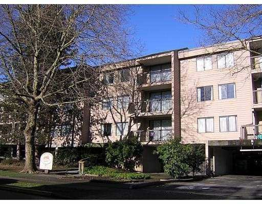 "Main Photo: # 124 - 8411 Ackroyd Road in Richmond: Brighouse Condo for sale in ""Lexington Square"" : MLS®# V603576"