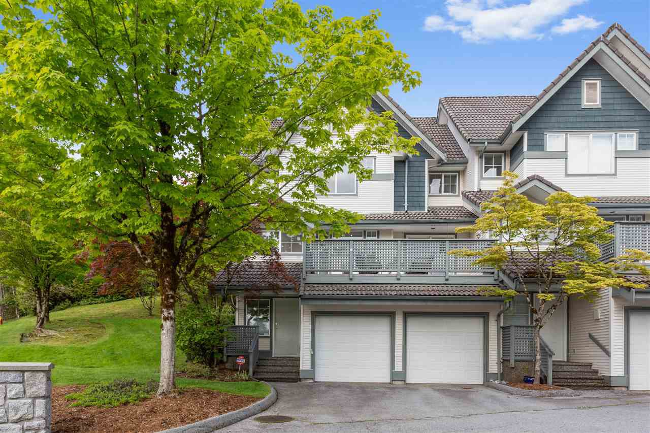 """Main Photo: 1 2382 PARKWAY Boulevard in Coquitlam: Westwood Plateau Townhouse for sale in """"CHATEAU RIDGE"""" : MLS®# R2457643"""