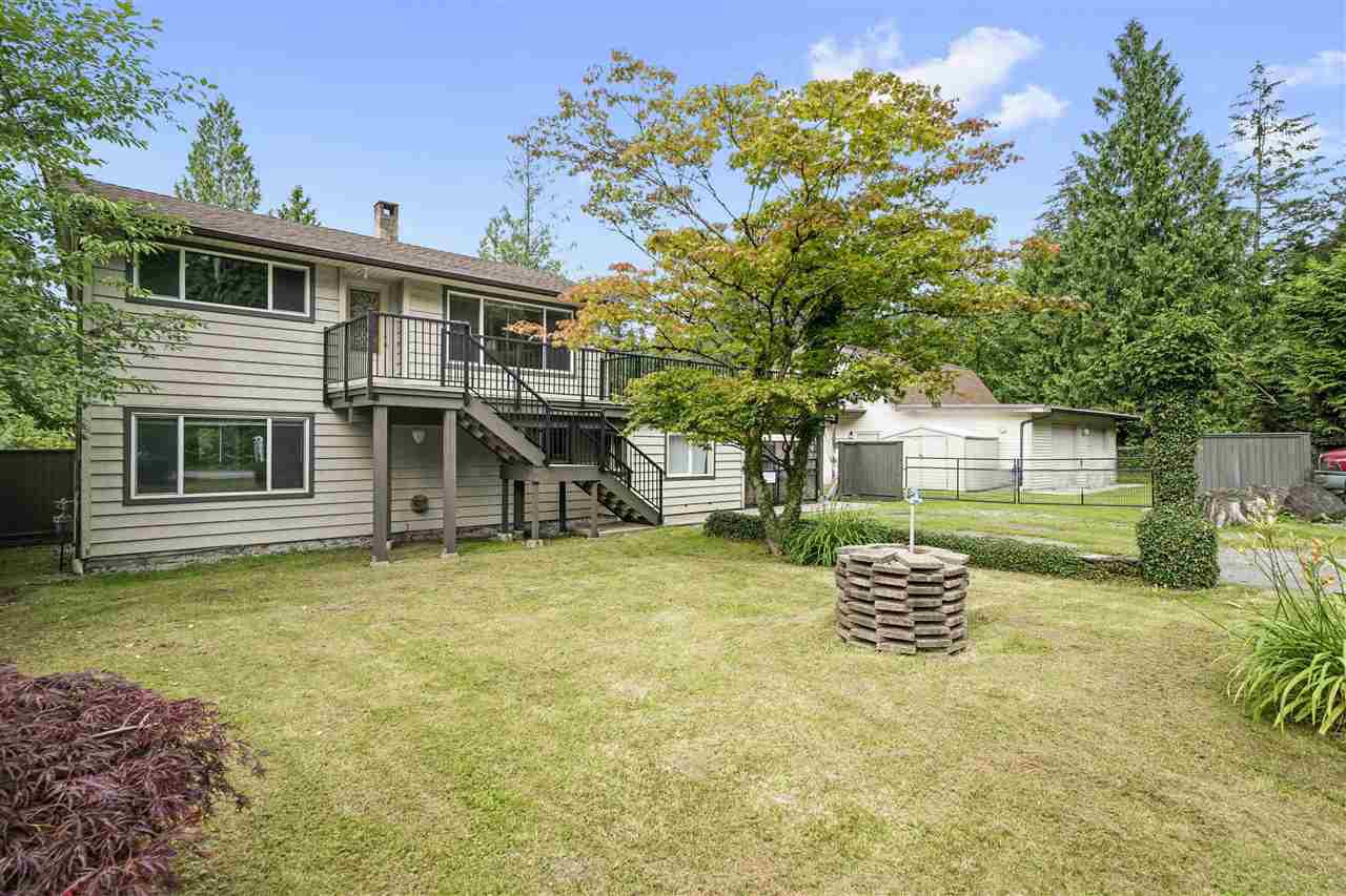 "Main Photo: 27171 FERGUSON Avenue in Maple Ridge: Thornhill MR House for sale in ""Whonnock Lake Area"" : MLS®# R2473068"