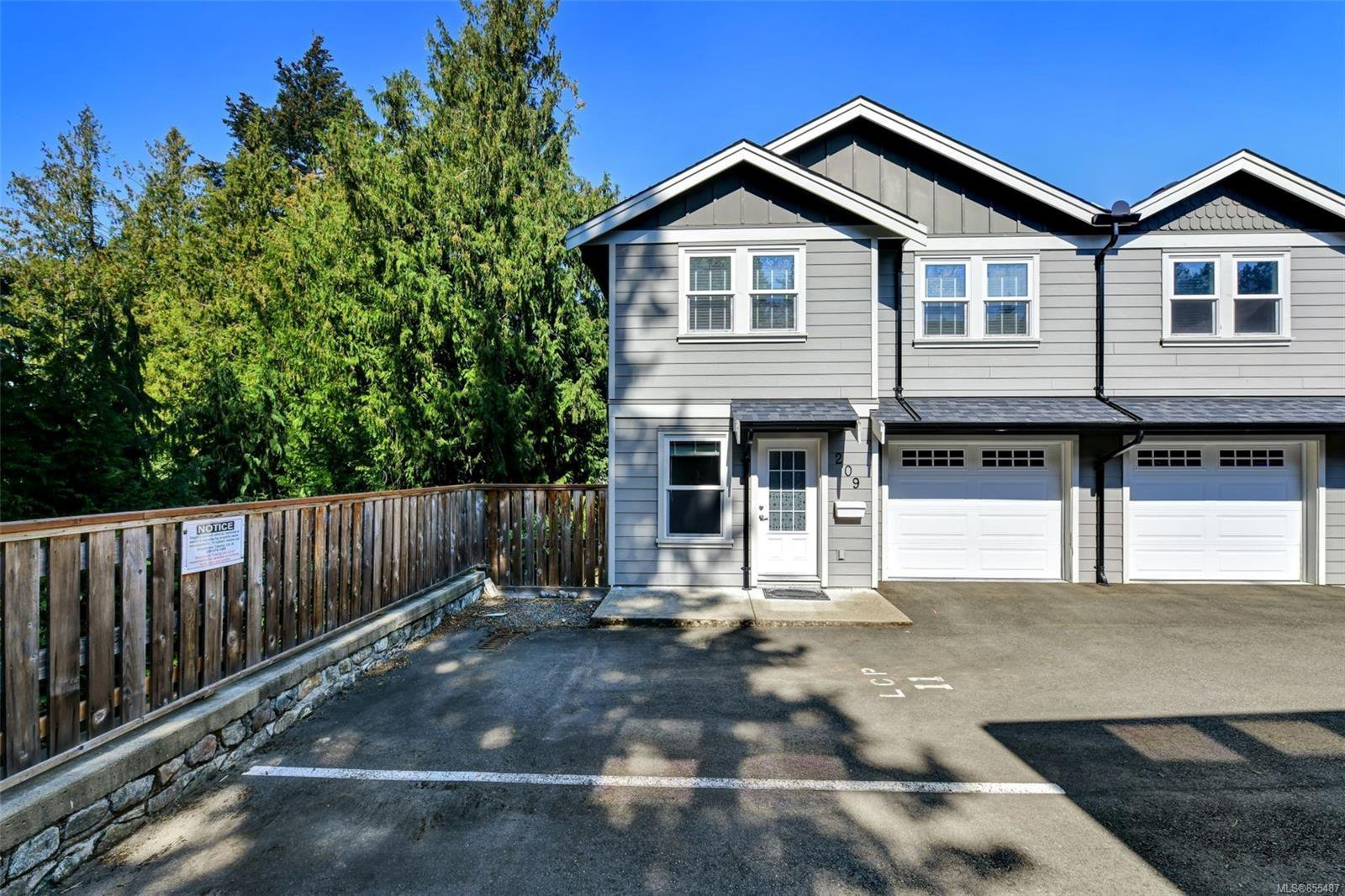 Main Photo: 209 954 Walfred Rd in : La Walfred Row/Townhouse for sale (Langford)  : MLS®# 855487