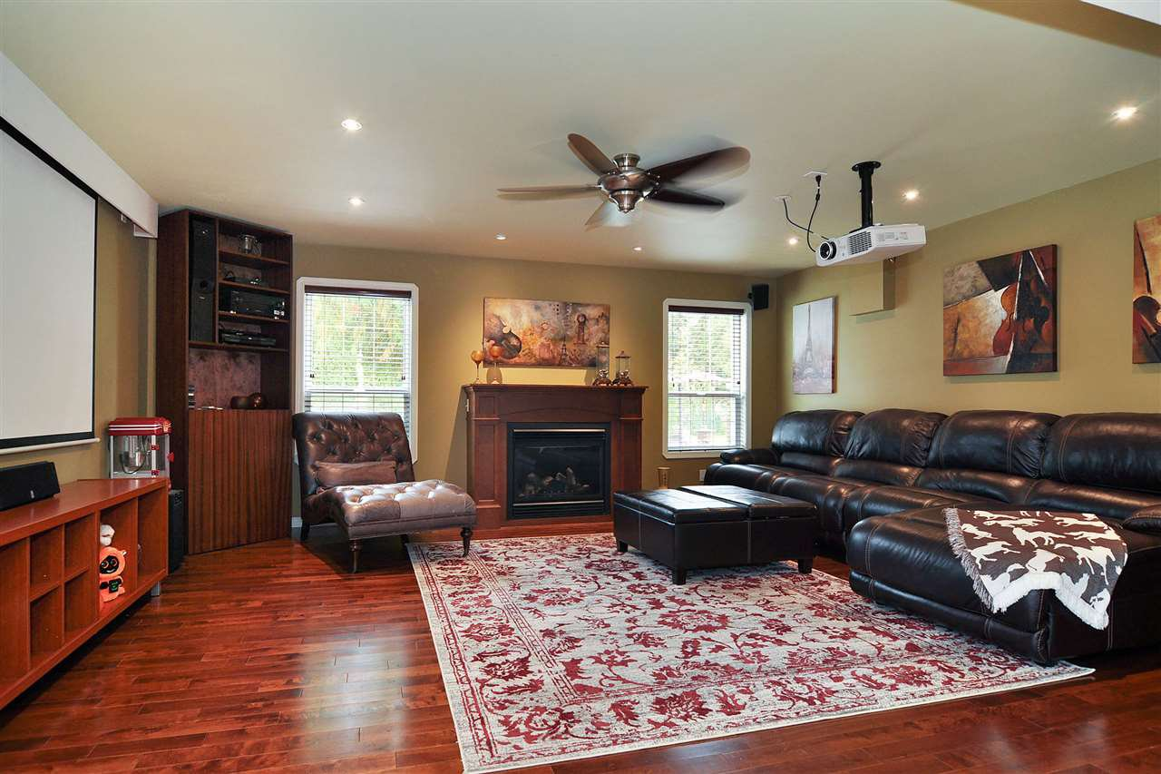 Main Photo: 4898 248 Street in Langley: Salmon River House for sale : MLS®# R2507478