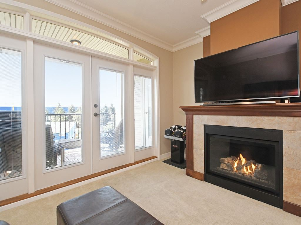 """Main Photo: 308 976 ADAIR Avenue in Coquitlam: Maillardville Condo for sale in """"ORLEANS RIDGE"""" : MLS®# R2389879"""