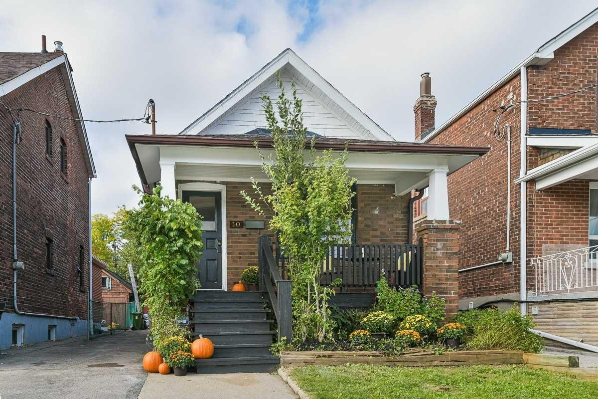 Main Photo: 10 Jesmond Avenue in Toronto: Oakwood-Vaughan House (Bungalow) for sale (Toronto C03)  : MLS®# C4595811
