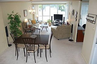 Main Photo: 25 CUMBERLAND LANE in AJAX: Freehold for sale