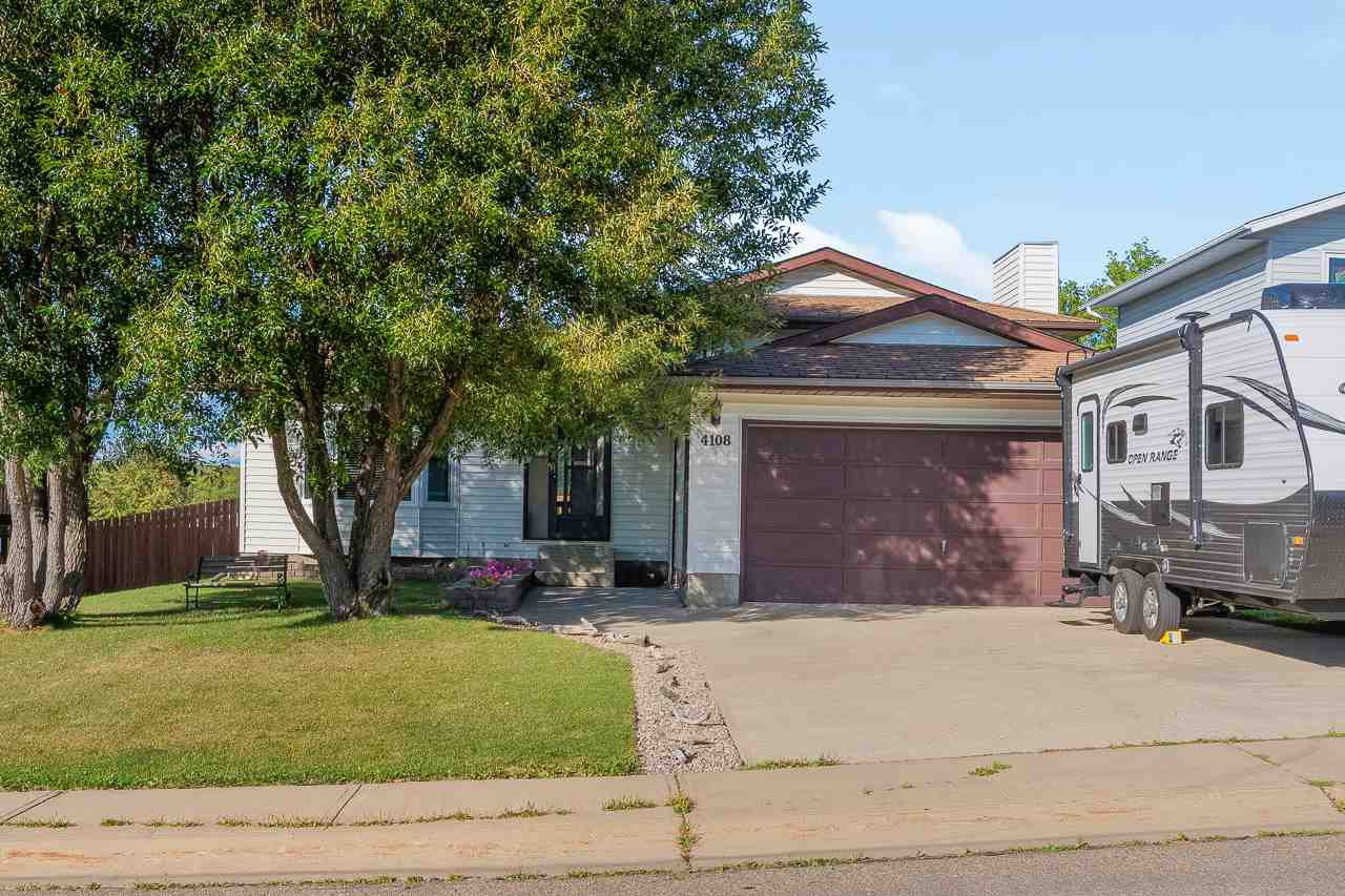 Main Photo: 4108 54 Avenue: Cold Lake House for sale : MLS®# E4211883