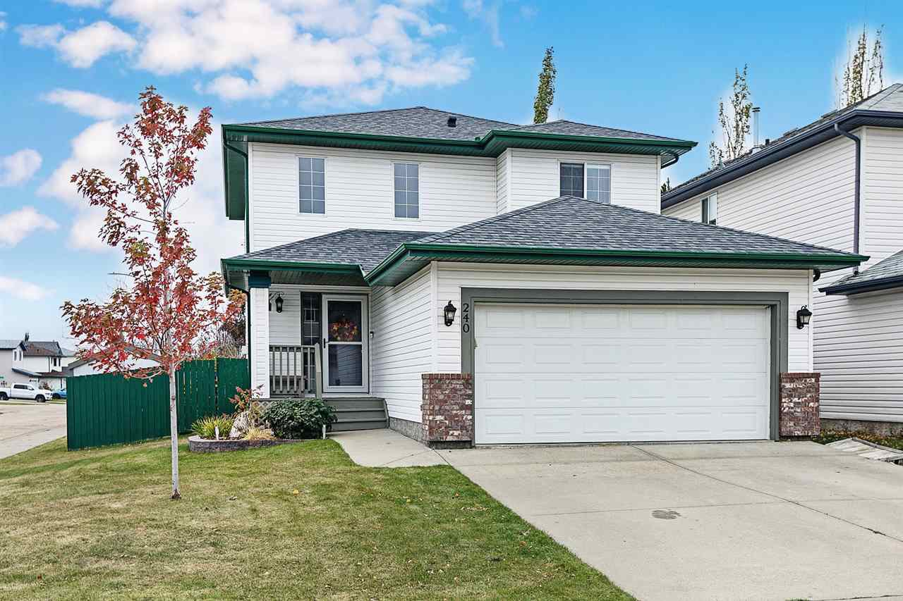 Main Photo: 240 FOXBORO Court: Sherwood Park House for sale : MLS®# E4218298