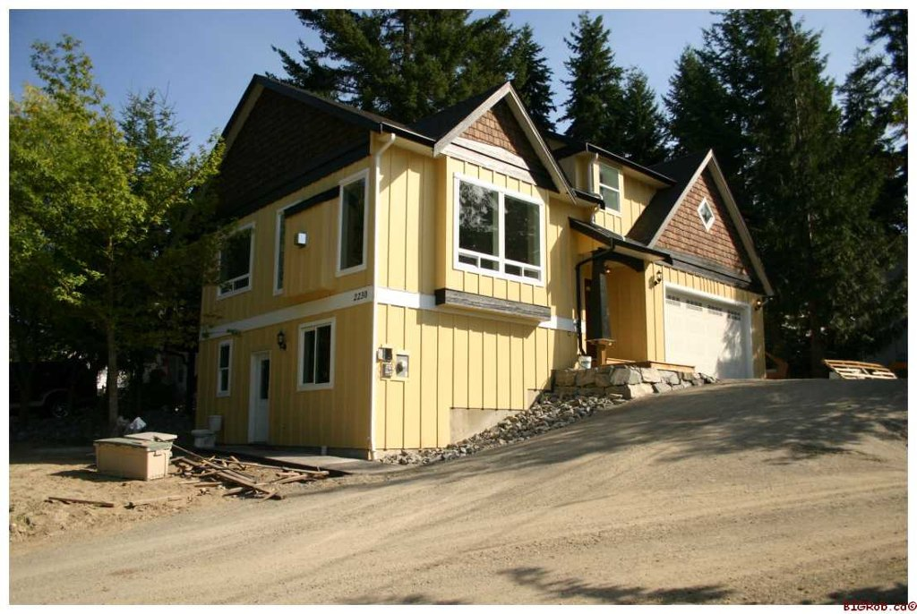 Main Photo: 2230 Auto Road S.E. in Salmon Arm: Hillcrest Residential Detached for sale