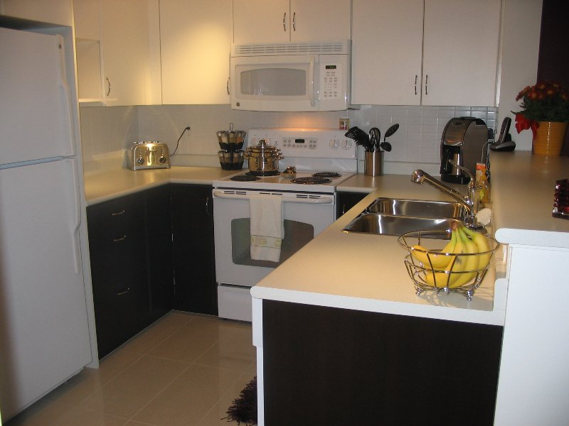 Main Photo: 533 in Kelowna: North Glenmore Apartment Unit for sale (Central Okanagan)  : MLS®# 9187386