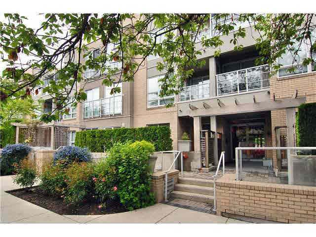 Main Photo: 209 1823 W 7TH AVENUE in : Kitsilano Condo for sale : MLS®# V947998