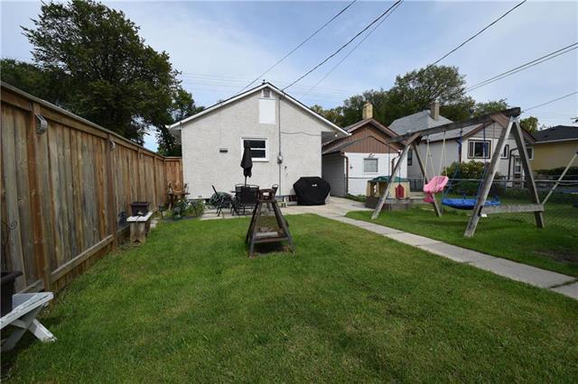 Photo 14: Photos: 378 Semple Avenue in Winnipeg: West Kildonan Residential for sale (4D)  : MLS®# 1925854