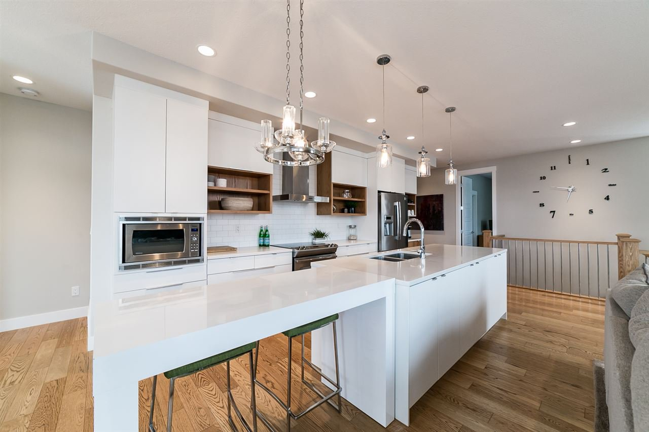 Main Photo: 10425 97 Street: Morinville House for sale : MLS®# E4187379