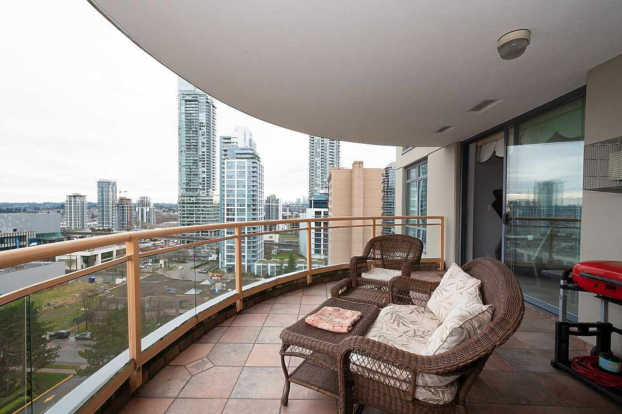 """Photo 14: Photos: 1303 4425 HALIFAX Street in Burnaby: Brentwood Park Condo for sale in """"POLARIS"""" (Burnaby North)  : MLS®# R2444632"""