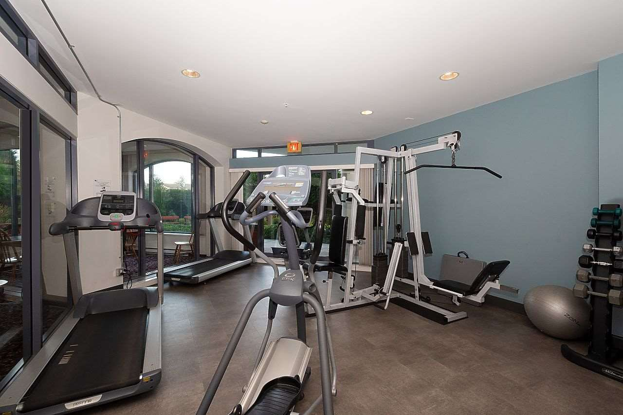 """Photo 16: Photos: 1303 4425 HALIFAX Street in Burnaby: Brentwood Park Condo for sale in """"POLARIS"""" (Burnaby North)  : MLS®# R2444632"""