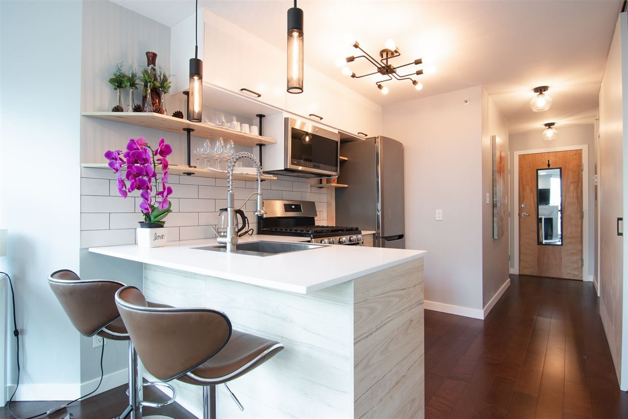 Main Photo: 808 501 PACIFIC Street in Vancouver: Downtown VW Condo for sale (Vancouver West)  : MLS®# R2466683