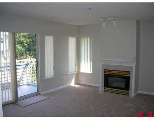 """Photo 3: Photos: 48 5670 208TH Street in Langley: Langley City Townhouse for sale in """"The Meadows"""" : MLS®# F2711605"""