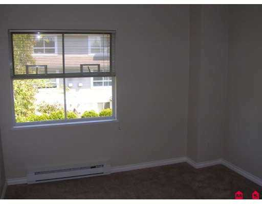 """Photo 7: Photos: 48 5670 208TH Street in Langley: Langley City Townhouse for sale in """"The Meadows"""" : MLS®# F2711605"""