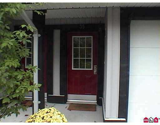 """Photo 2: Photos: 35 18839 69TH Avenue in Surrey: Clayton Townhouse for sale in """"Starpoint II"""" (Cloverdale)  : MLS®# F2726630"""