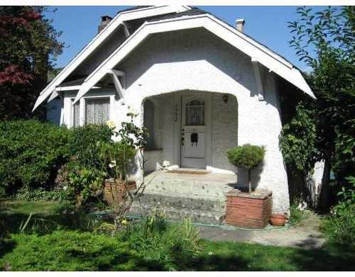 Main Photo: 2063 NAPIER Street in Grandview VE: Home for sale : MLS®# V788092