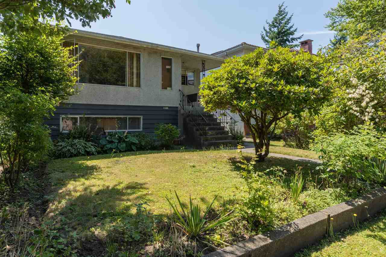 Main Photo: 1128 E 26TH Avenue in Vancouver: Knight House for sale (Vancouver East)  : MLS®# R2391768