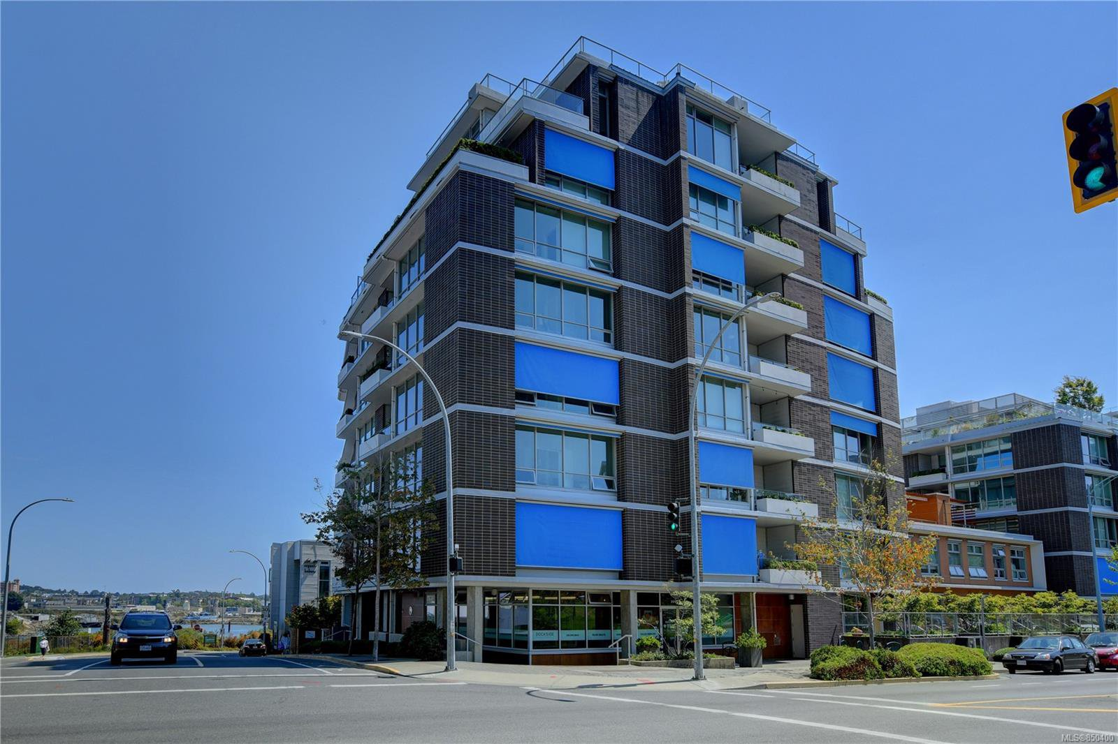 Main Photo: 501 399 Tyee Rd in : VW Victoria West Condo for sale (Victoria)  : MLS®# 850400