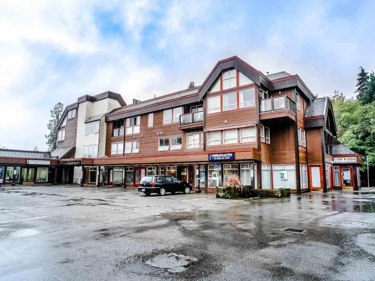 Main Photo: 211 3721 DELBROOK Avenue in North Vancouver: Upper Delbrook Condo for sale : MLS®# R2527904