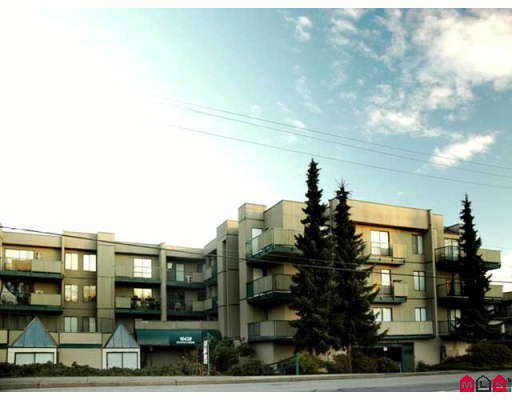"Main Photo: 303 10438 148TH Street in Surrey: Guildford Condo for sale in ""GUILDFORD GREEN"" (North Surrey)  : MLS®# F2803580"