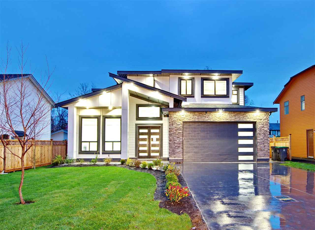 Main Photo: 8966 156 Street in Surrey: Fleetwood Tynehead House for sale : MLS®# R2420417