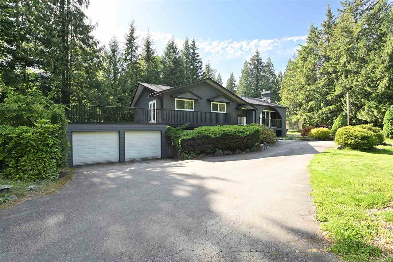 "Main Photo: 24271 63A Crescent in Langley: Salmon River House for sale in ""WILLIAMS PARK"" : MLS®# R2460476"
