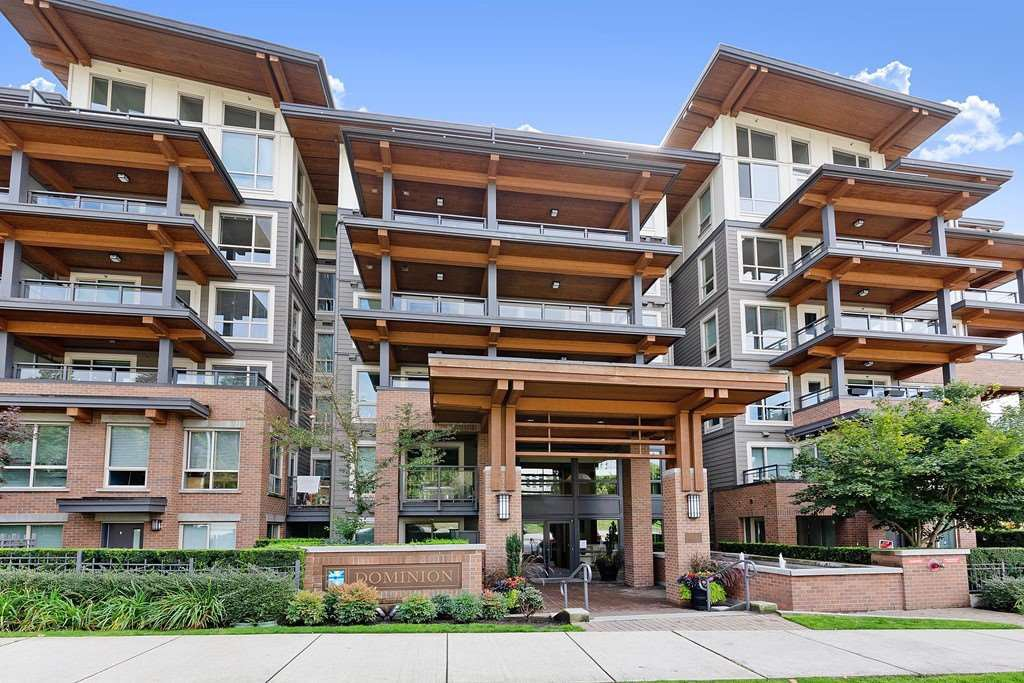 """Main Photo: 402 500 ROYAL Avenue in New Westminster: Downtown NW Condo for sale in """"DOMINION"""" : MLS®# R2501724"""