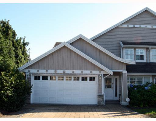 "Main Photo: 5562 4TH Avenue in Tsawwassen: Pebble Hill House 1/2 Duplex for sale in ""PEBBLE HILL"" : MLS®# V672220"