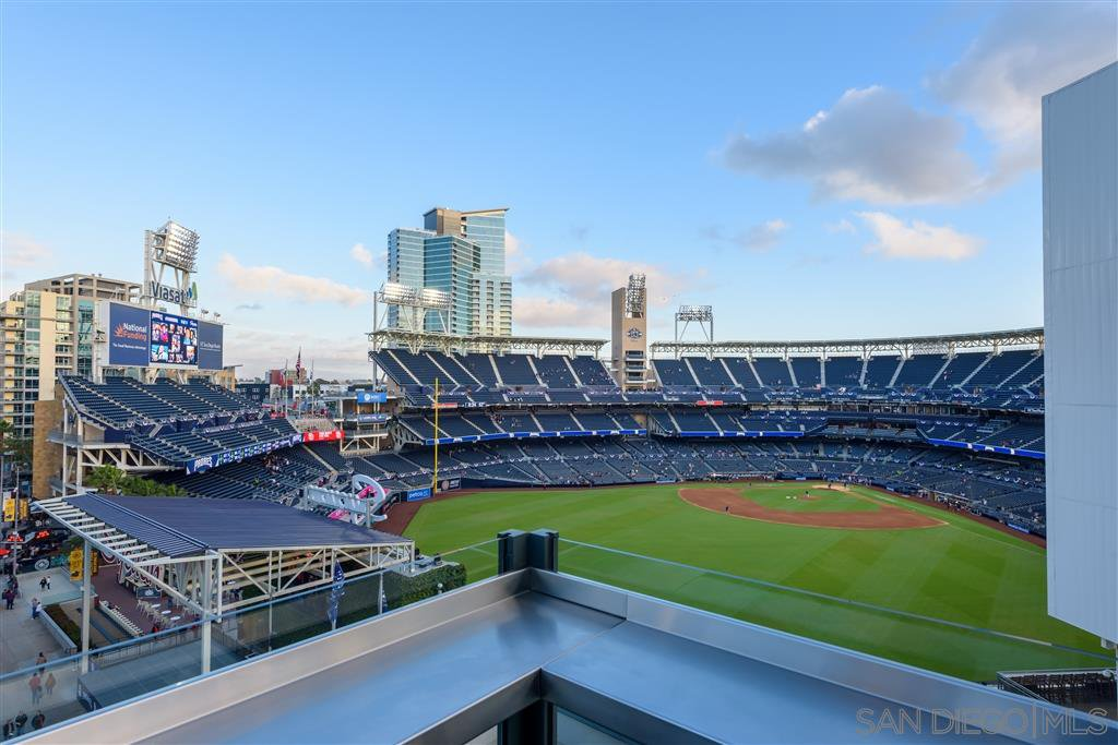 Main Photo: DOWNTOWN Condo for sale : 2 bedrooms : 325 7th Ave #205 in San Diego