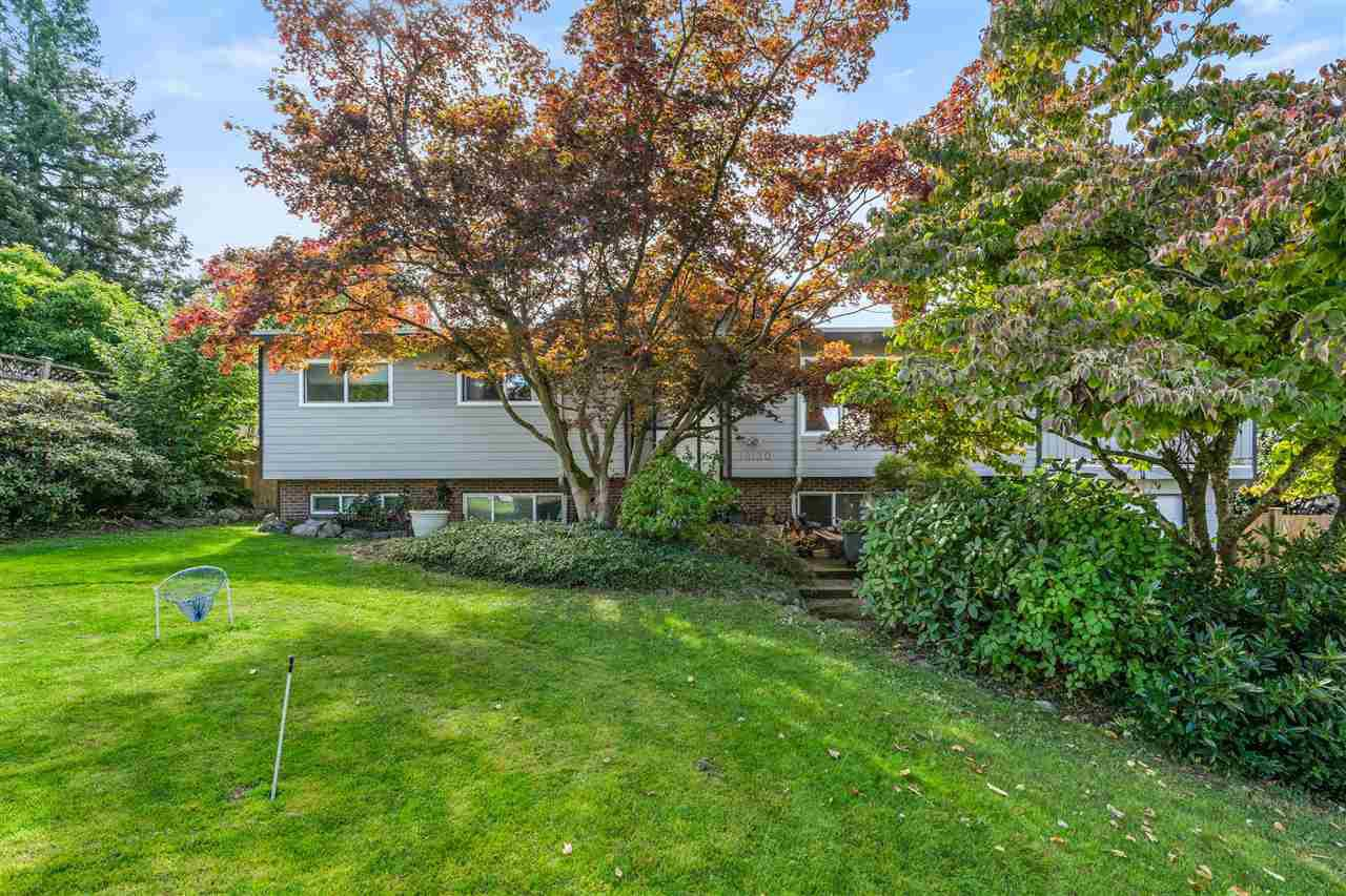 Main Photo: 18130 58A Avenue in Surrey: Cloverdale BC House for sale (Cloverdale)  : MLS®# R2501830