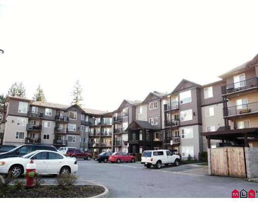 "Main Photo: 2581 LANGDON Street in Abbotsford: Abbotsford West Condo for sale in ""Cobblestone"" : MLS®# F2706699"