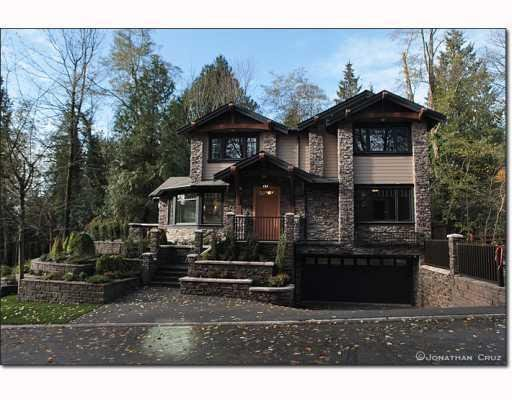 Main Photo: 1239 SINCLAIR CT in West Vancouver: House for sale : MLS®# V798134