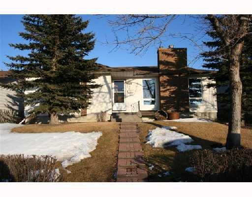 Main Photo: 124 WHITEHORN Crescent NE in CALGARY: Whitehorn Residential Detached Single Family for sale (Calgary)  : MLS®# C3310665