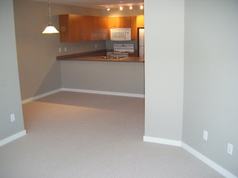 Main Photo: 309 539 Yates in Kelowna: North Glenmore Apartment Unit for sale (Central Okanagan)  : MLS®# 9192516