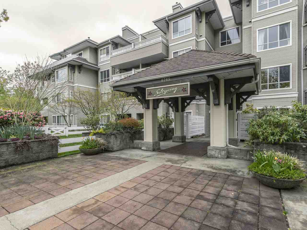 """Main Photo: 404 6745 STATION HILL Court in Burnaby: South Slope Condo for sale in """"THE SALTSPRING"""" (Burnaby South)  : MLS®# R2445660"""
