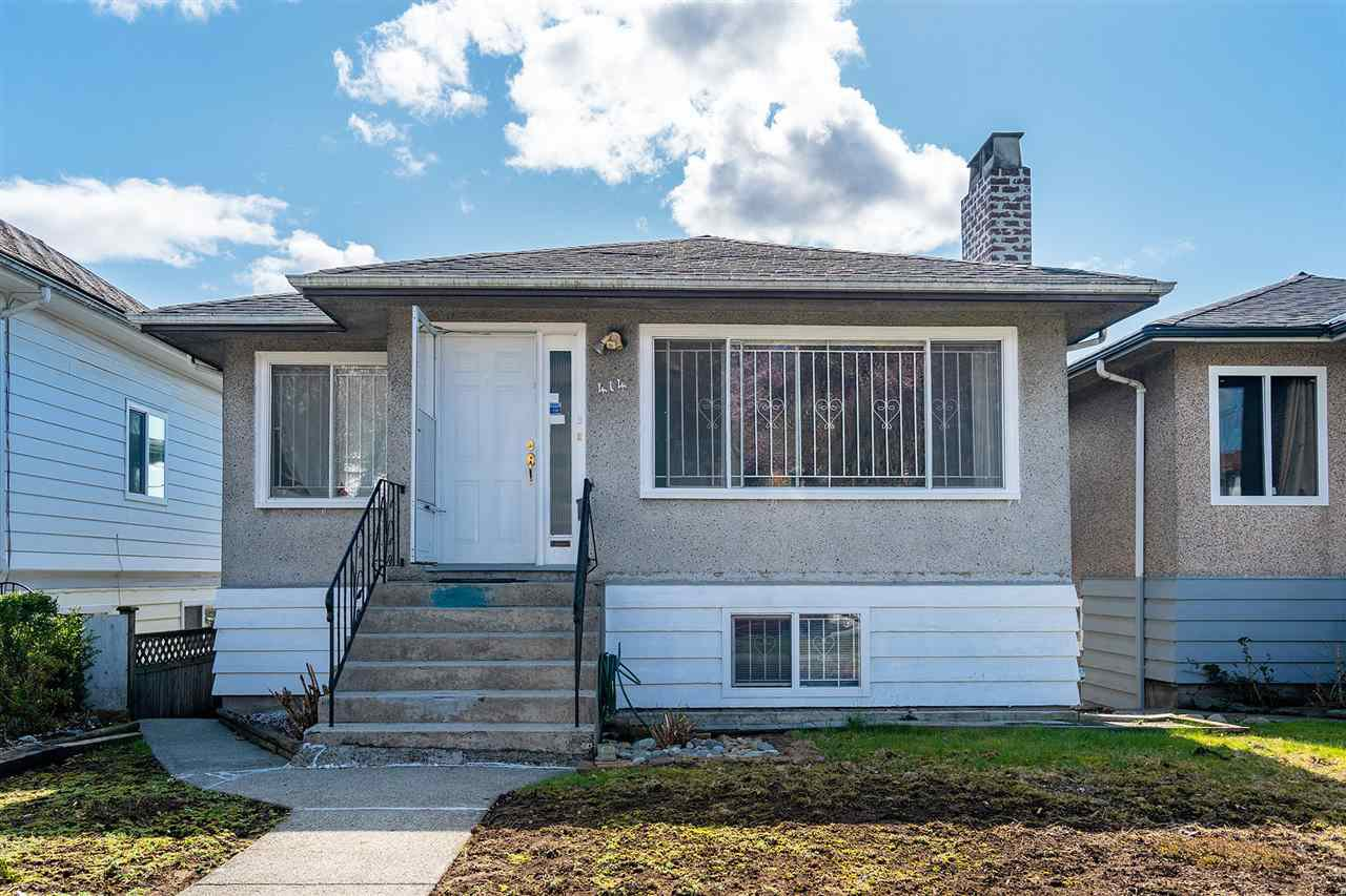 Main Photo: 414 E 60TH Avenue in Vancouver: South Vancouver House for sale (Vancouver East)  : MLS®# R2456662
