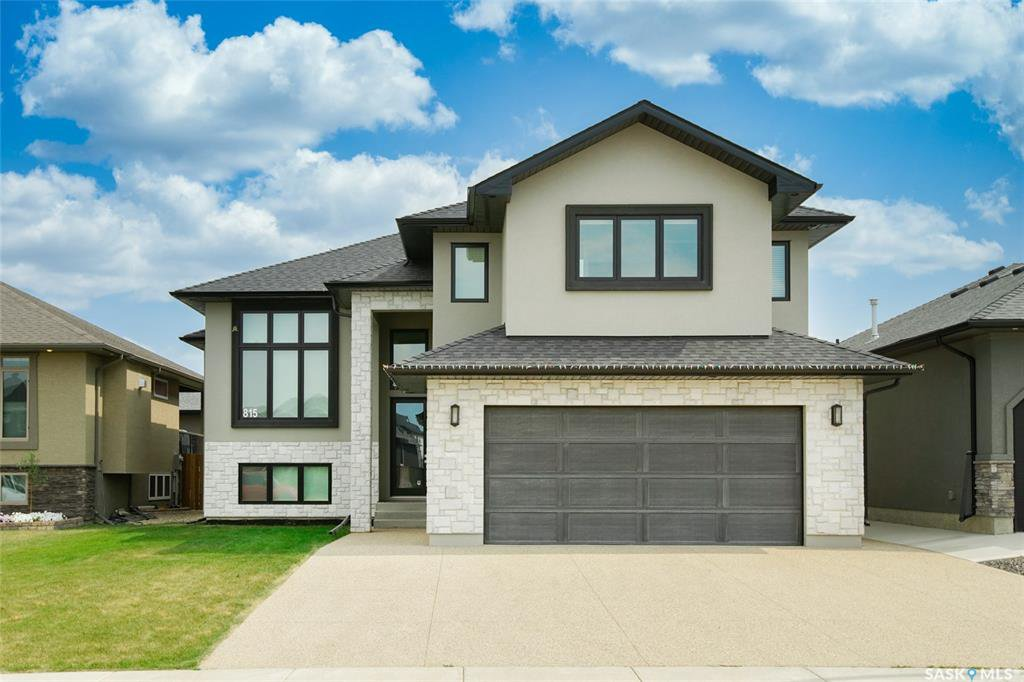 Main Photo: 815 Salloum Crescent in Saskatoon: Evergreen Residential for sale : MLS®# SK822105