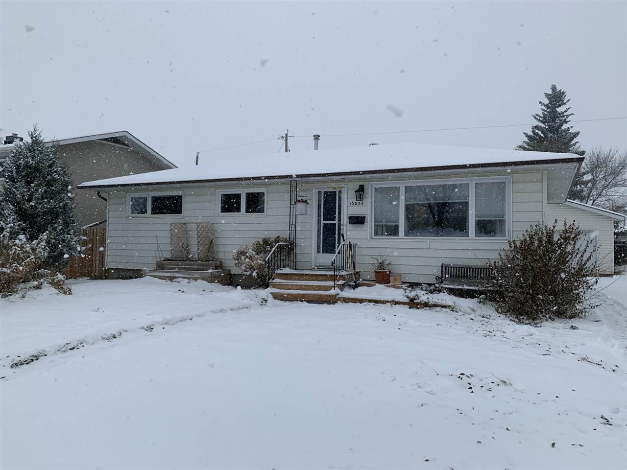 Main Photo: 16034 93 Avenue in Edmonton: Zone 22 House for sale : MLS®# E4220457