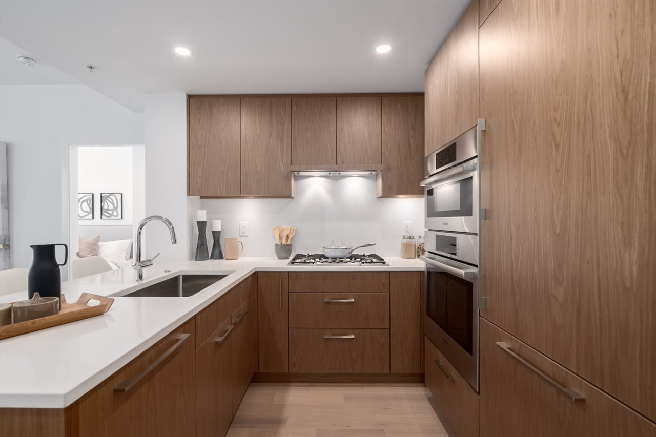 """Main Photo: 205 4988 CAMBIE Street in Vancouver: Cambie Condo for sale in """"Hawthorne"""" (Vancouver West)  : MLS®# R2518384"""