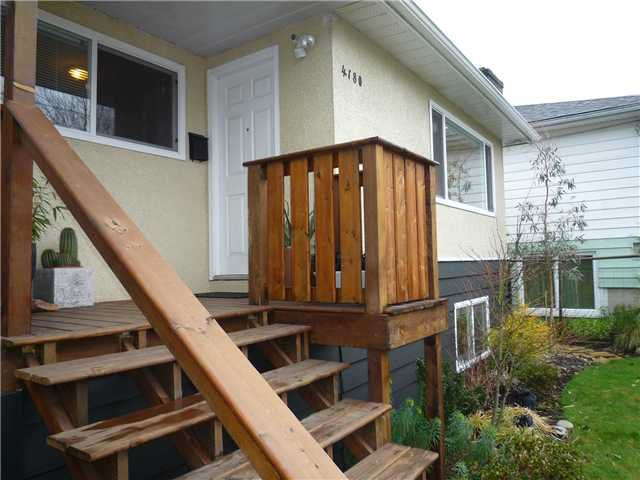 Photo 2: Photos: 4180 ST CATHERINES ST in Vancouver: Fraser VE House for sale (Vancouver East)  : MLS®# V875358