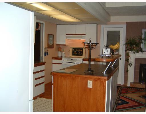 Photo 9: Photos: 4957 HIGHWAY 101 BB in Sechelt: Sechelt District House for sale (Sunshine Coast)  : MLS®# V663345