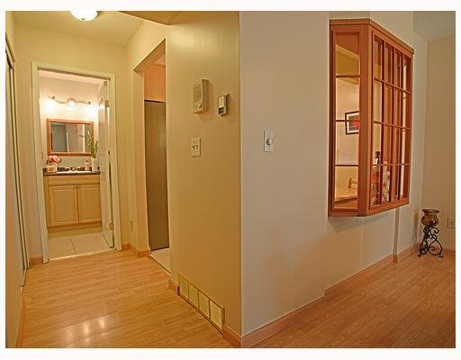 """Photo 10: Photos: 116 1210 FALCON Drive in Coquitlam: Upper Eagle Ridge Townhouse for sale in """"FERNLEAF PLACE"""" : MLS®# V702864"""