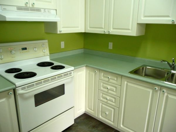Photo 9: Photos: #113-12769 72nd Avenue in Surrey: Condo for sale