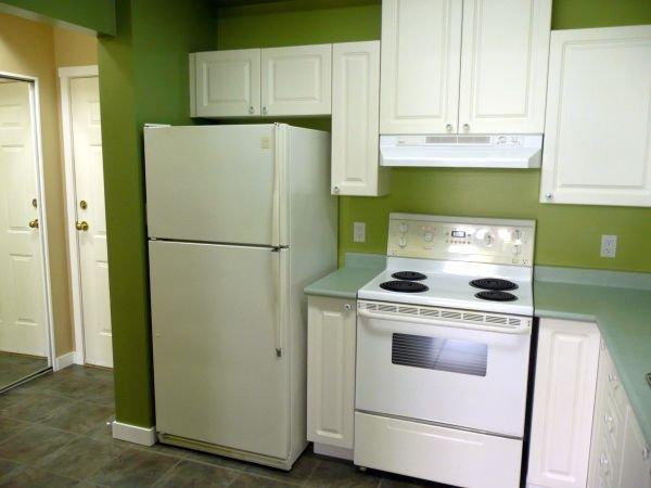 Photo 8: Photos: #113-12769 72nd Avenue in Surrey: Condo for sale