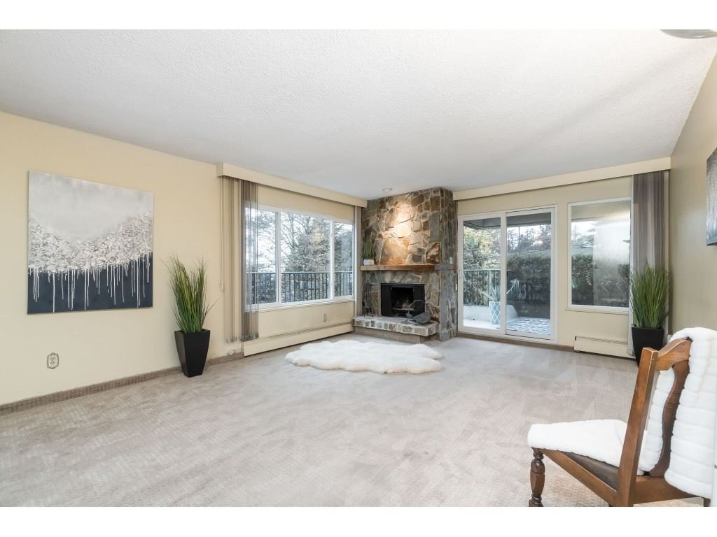 "Main Photo: 101 1351 MARTIN Street: White Rock Condo for sale in ""Dogwood Building"" (South Surrey White Rock)  : MLS®# R2414214"