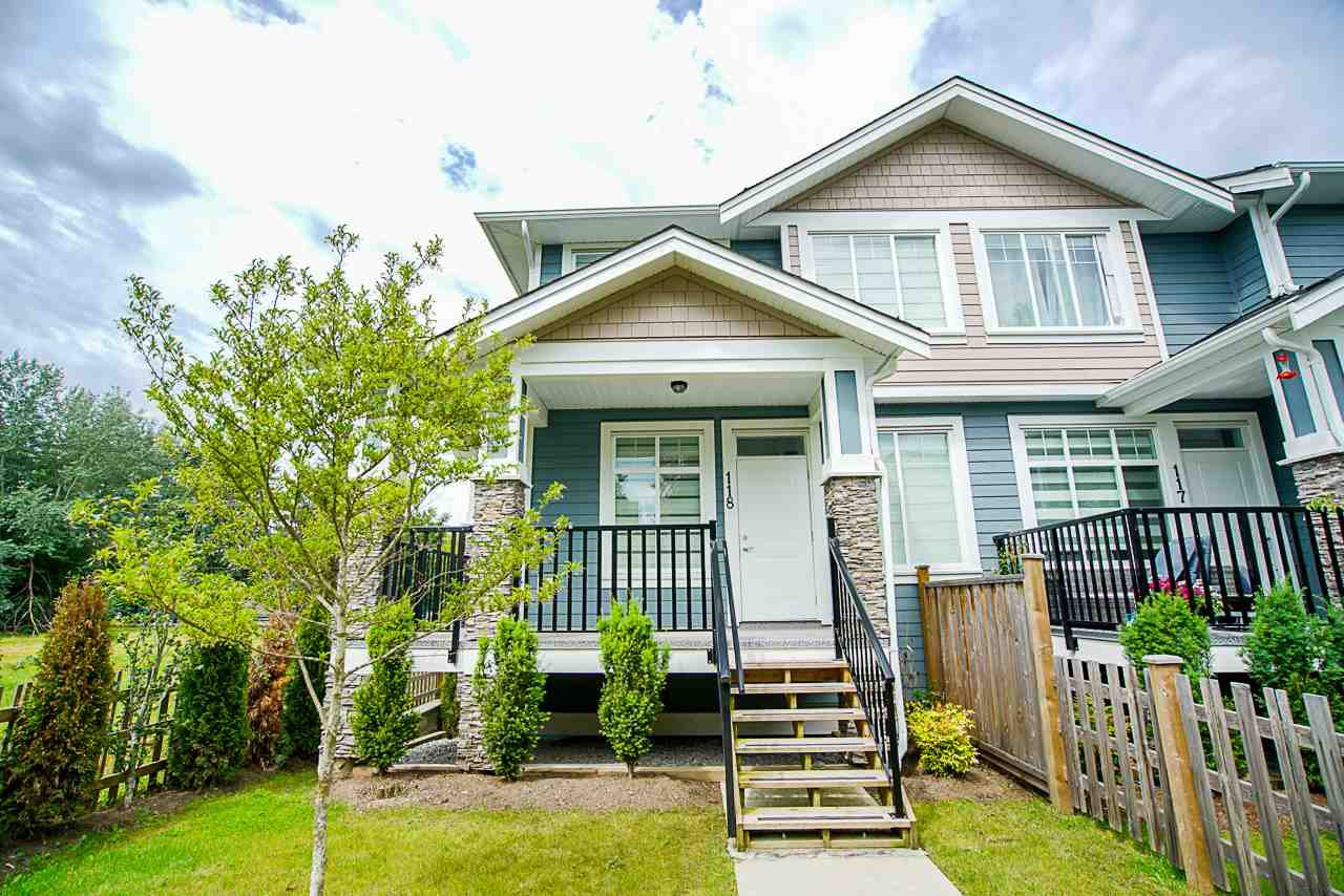 Main Photo: 118 7080 188 Street in Surrey: Clayton Townhouse for sale (Cloverdale)  : MLS®# R2469469