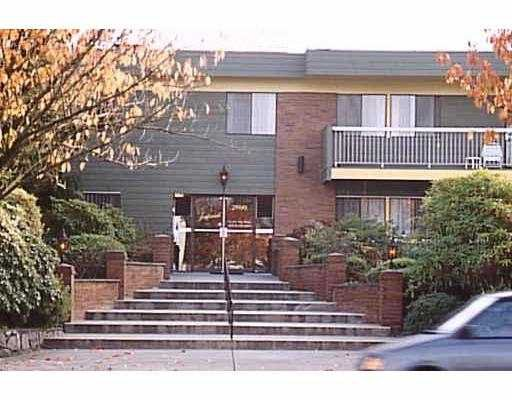 """Main Photo: 2600 E 49TH Ave in Vancouver: Killarney VE Condo for sale in """"SOUTHWINDS"""" (Vancouver East)  : MLS®# V632826"""